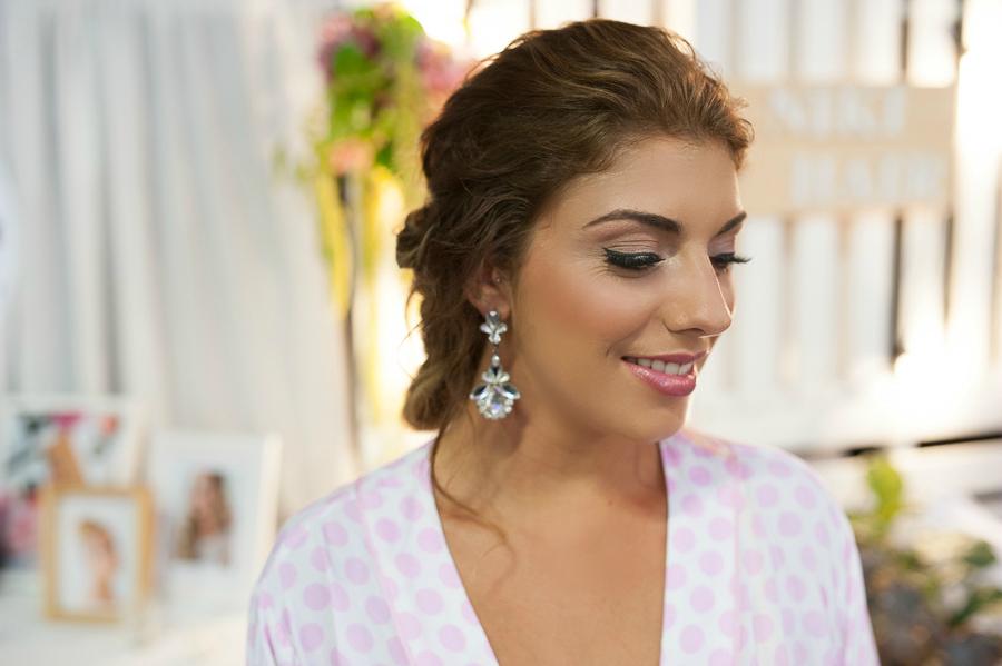 Kirra_Bridal Makeup_ Sunshine Coast bridal showcase_Sally Townsend Makeup Artistry